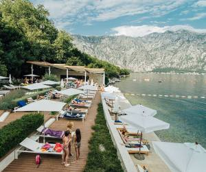 Bajova Kula Beach Bar & Resto