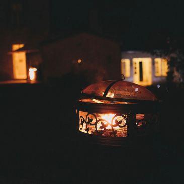 Keep warm - fire pit